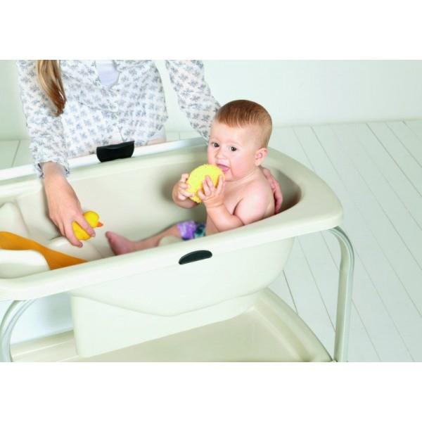 Baignoire Bébé Sur Pied Quels Avantages